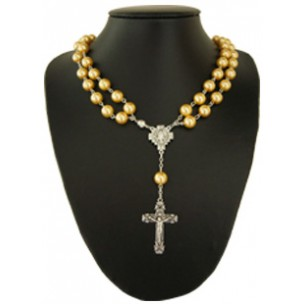 http://monticellis.com/1039-1089-thickbox/imitation-pearl-rosary-necklace-with-magnetic-clasp-gold-mm10.jpg