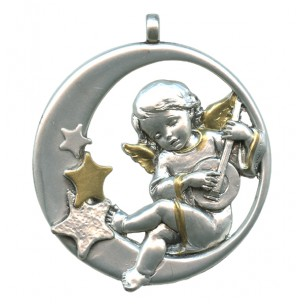 http://monticellis.com/1747-1818-thickbox/guardian-angel-pewter-medal-silver-plated-and-gold-cm65.jpg