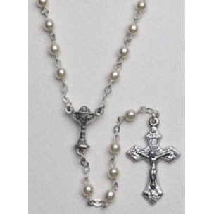 http://monticellis.com/213-256-thickbox/high-quality-imitation-pearl-rosary-chalice-simple-link-4mm-white.jpg