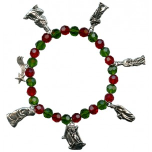 http://monticellis.com/4101-4619-thickbox/christmas-charm-bracelet-with-red-and-green-beads-.jpg